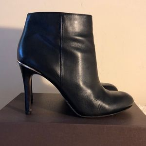 COACH Leather Booties Ankle Boots Gorgeous 8.5